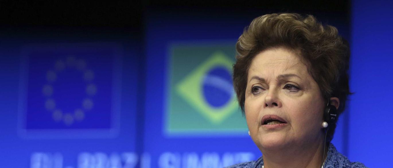 PR, PP, PSD e nanicos querem leilão entre Dilma e o vice, diz colunista