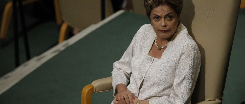 """""""Não tem como ajudar a Dilma"""", diz deputado sobre impeachment"""