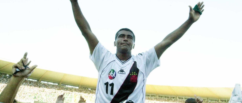 Resultado de imagem para Gol 1000 completa 10 anos e Romário relembra: 'Fiz história'