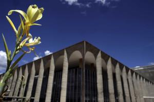 Itamaraty presta assistência ao brasileiro preso na Bulgária