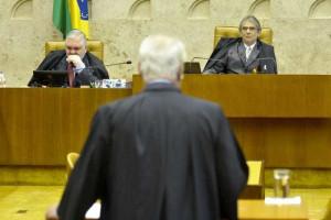CNJ desobriga advogados do uso de terno e gravata