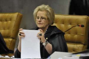 Congresso vai votar reajuste de salário de ministros do STF