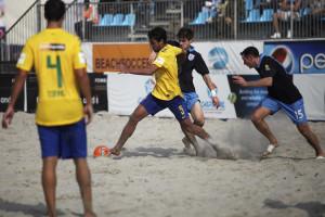 Brasil garante vaga na Copa do Mundo de futebol de areia