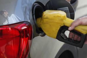 Mais impostos sobre combustíveis começa a valer domingo