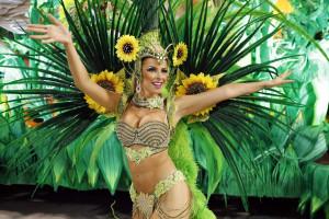 Blocos de rua animam o pré-carnaval no Rio de Janeiro