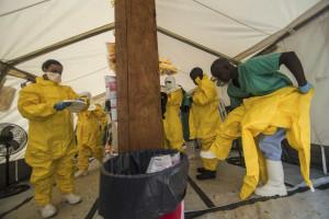 Novo balanço da OMS indica 7.373 mortos por ebola na África Ocidental