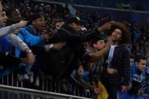 Grêmio identifica cinco torcedores que xingaram goleiro do Santos