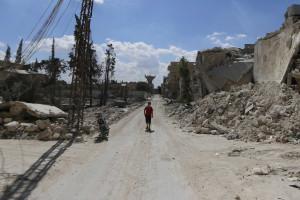 EUA lançam ataque contra Estado Islâmico na Síria