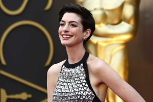 Anne Hathaway não estava preparada para casamento
