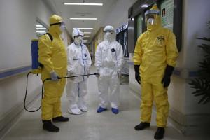 Vírus do Ebola já matou 4 951 pessoas