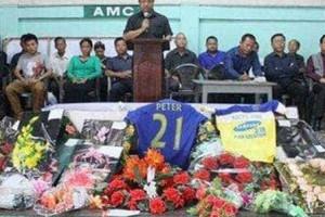 Jogador morre a comemorar um gol em campeonato na Índia
