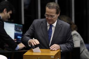 Renan Calheiros presidirá o Senado pelos próximos dois anos