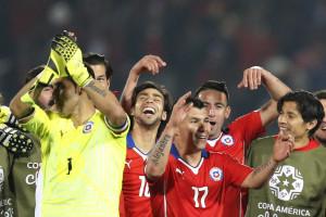 Chile vence Peru e volta à final da Copa América após 28 anos