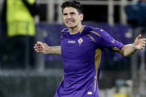 Fiorentina confirma empréstimo de Mario Gómez ao Besiktas