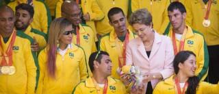 Dilma celebra 1ª década do Bolsa Atleta e recebe delegação brasileira