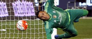 Após negociação com Manchester melar, Navas não pega o Brasil