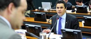 Relator apresenta hoje substitutivo sobre Estatuto da Família