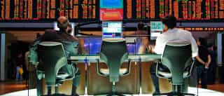 Economistas acreditam que governo já abandonou a meta fiscal deste ano