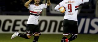 Corinthians aumenta preço de Pato e já ventila retorno do atacante