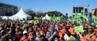 Acompanhe em tempo real  os atos do 1º de maio em todo país