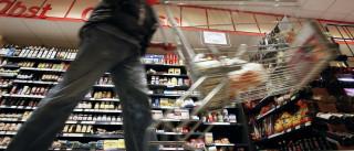 Com crise, ricos vão às compras no 'atacarejo'