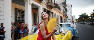 Chanel desembarca com luxo capitalista em Cuba; veja fotos