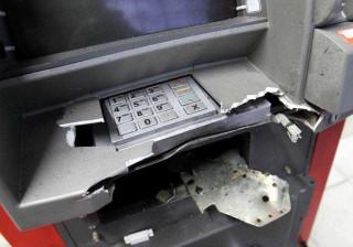 Assaltantes explodem caixas eletrônicos na zona sul de São Paulo