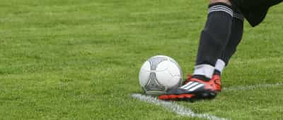Grêmio empata com Coritiba e perde chance de encostar nos líderes