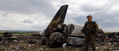 Rebeldes confirmam morte dos dois pilotos do avião russo abatido hoje