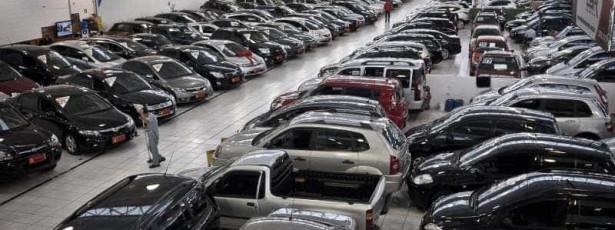 Ministro diz que exportações devem ser o foco das montadoras