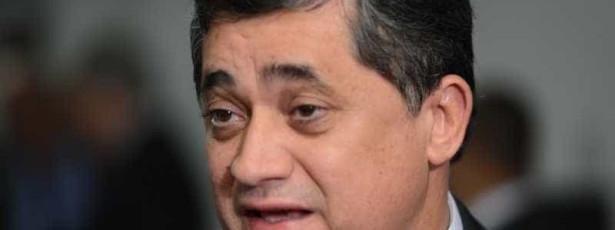 """Líder do governo diz que impeachment é posição de """"direita truculenta"""""""