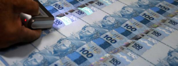 Aposentados pagarão dívidas com 13º salário