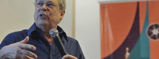 José Dirceu tenta passagem para o regime aberto