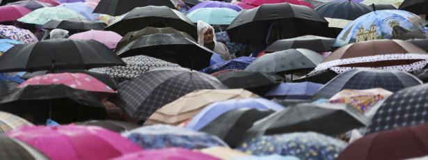 Chuva diminui e São Paulo suspende estado de atenção