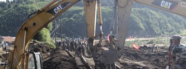 Trabalhador não pode mais usar celulares em obras da construção