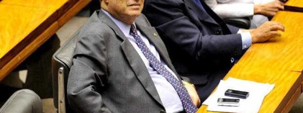 Diretório do PP tira poderes a Paulo Maluf
