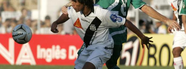 Palmeiras não empolga, mas vence o Comercial