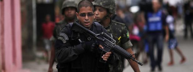 Chefe de tráfico poderá ter dado mesada a policiais da Maré