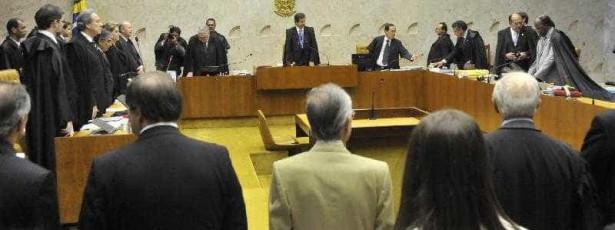 STF condena deputado Protógenes por violação de sigilo funcional