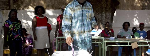 Observadores aprovam processo eleitoral na Guiné-Bissau