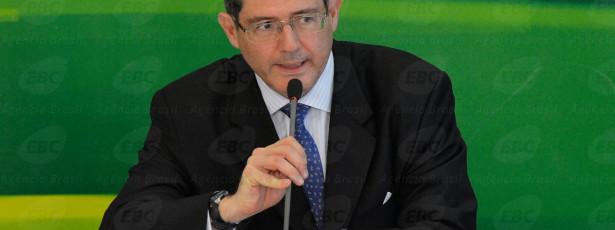 Taxação de grandes fortunas não traz muita vantagem, diz Levy