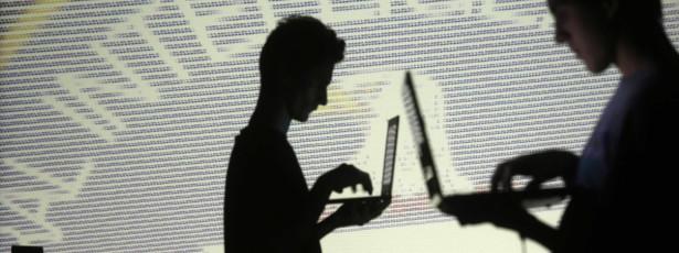 Saiba como amenizar a enxaqueca causada pelo uso de tecnologia