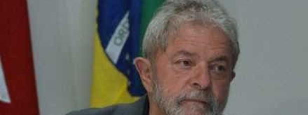 Lula entra com queixa-crime contra Caiado após ser chamado de 'bandido'