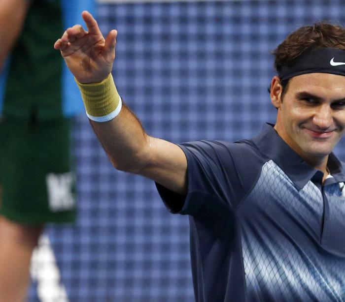 Roger Federer apura-se para os quartos de final