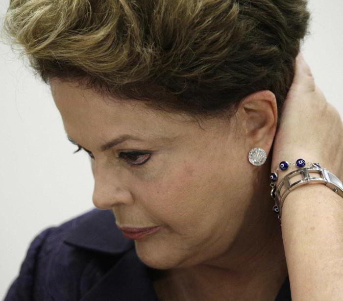 Cardozo quer investigação de advogado tucano que ameaçou Dilma