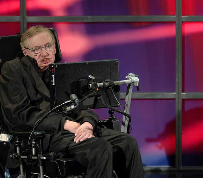 Stephen Hawking: avanços científicos e tecnológicos são ameaça à humanidade