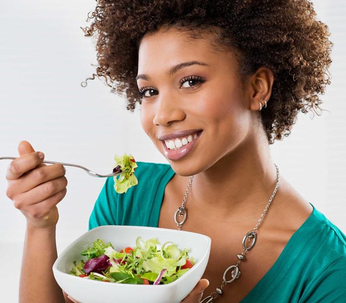 Saiba quais os alimentos que fazem com que coma menos