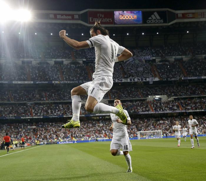 Com dois golaços de James Rodríguez, Real Madrid atropela o Bétis