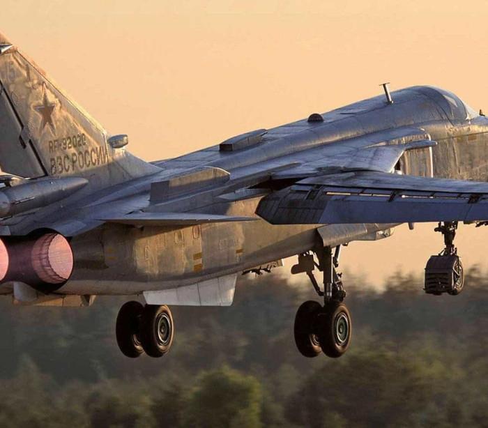 Turquia abate avião militar russo  na fronteira com a Síria