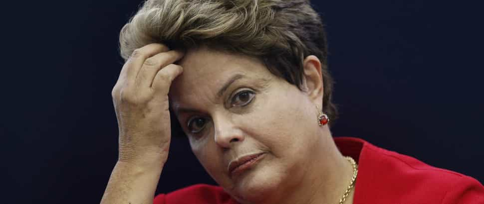 Dilma cai mas ainda lidera com 36%, diz Ibope